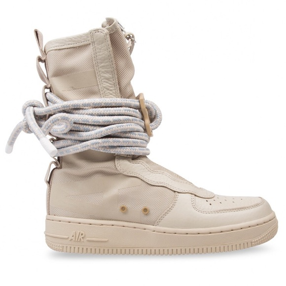 8d35bffcbfb Nike Air Force one boots